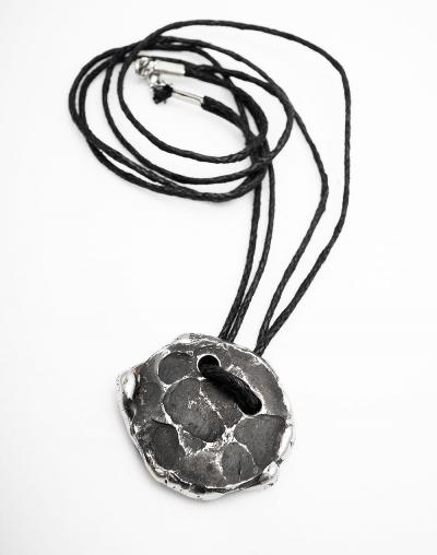 BASIC pendant