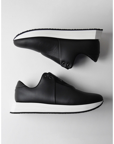 CVn Sneakers Black &White